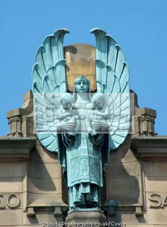 statue russell institute paisley.scotland paisley scotland paisleyscotland uk statues british architecture architectural buildings paisley renfrewshire scotland scottish scotch scots escocia schottland great britain united kingdom