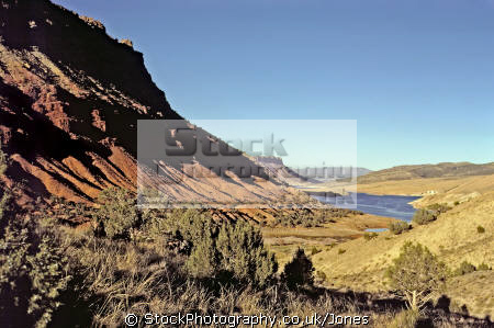 uinta crest fault flaming gorge utah geology geological science misc. river red iron ore jurassic cliffs mountains triassic usa united states america american