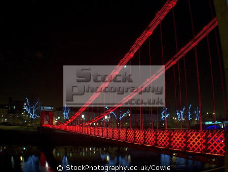 south portland street suspension bridge. glasgow uk bridges rivers waterways countryside rural environmental bridge central scotland scottish scotch scots escocia schottland great britain united kingdom british