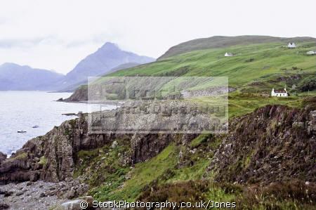 isle skye coast south elgol uk coastline coastal environmental mountains scotland scottish sea cliffs eilean sgitheanach highlands islands scotch scots escocia schottland great britain united kingdom british
