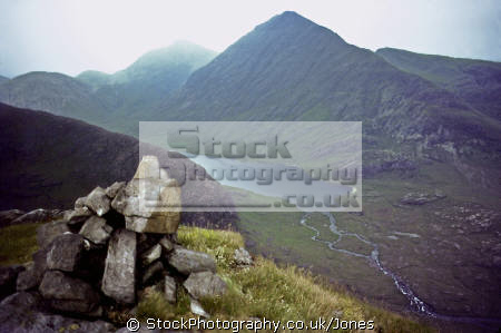 isle skye glen sligachan loch na creitheach bla bheinn distance. mountains countryside rural environmental uk minginish cuillin hills scotland scottish eilean sgitheanach highlands islands scotch scots escocia schottland great britain united kingdom british