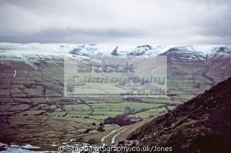 edale high peak mam tor january countryside rural environmental uk rushup edge district national park shimmering geology mountain landslip kinder scout pennines way derbyshire england english great britain united kingdom british