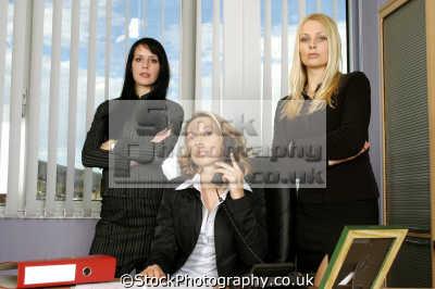 powerful women workplace business businesswomen dynamic