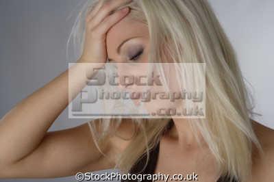 desperate housewife emotions emotional mental states behaviour bahavior feelings faces visage people persons despair housewives
