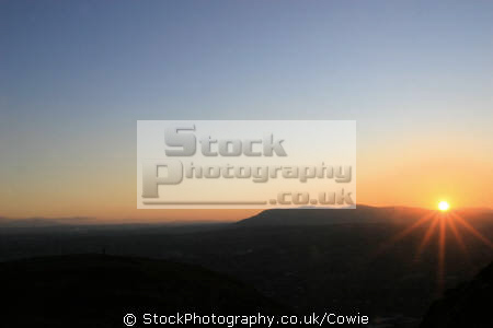sunset aurthurs seat. edinburgh sunsets dusk travel midlothian central scotland scottish scotch scots escocia schottland great britain united kingdom british