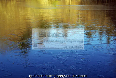 winter morning colours reflected frozen pond textures patterns abstracts misc. france limousin correze colourful rainbow spectrum lake etang la francia frankreich europe european french