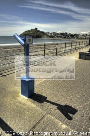 seaside telescope criccieth north wales seafront uk coastline coastal environmental prom beach looking distance gwynedd welsh país gales great britain united kingdom british