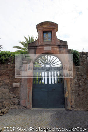 gated entrance rome lazio italian european travel gate art roma roman italy italien italia italie europe united kingdom british