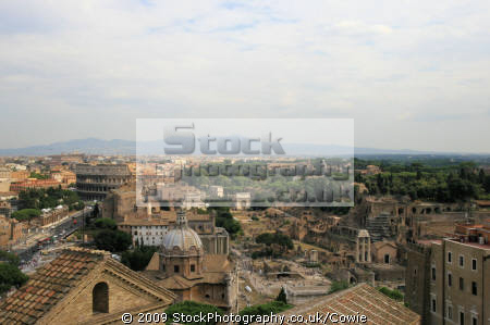 looking colosseum rome lazio italian european travel history colliesium roma roman italy italien italia italie europe united kingdom british