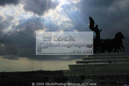 statue goddess victoria riding quadrigas vittorio emmanuele ii monument rome north east italy italian european travel statues victor emmanuel roma roman italien italia italie europe united kingdom british