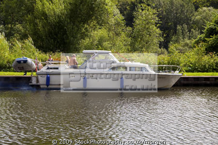 cruiser south yorkshire canal sprotborough doncaster boats marine misc. waterway leisure sailing cabin england english angleterre inghilterra inglaterra great britain united kingdom british uk grande-bretagne grande bretagne grandebretagne großbritannien gran bretagna bretaña