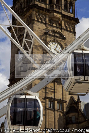 ferris wheel ride fargate city centre sheffield south yorkshire fairground carnival fairs leisure uk attraction precinct england english angleterre inghilterra inglaterra great britain united kingdom british grande-bretagne grande bretagne grandebretagne großbritannien gran bretagna bretaña