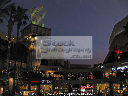 twilight shot highland mall hollywood los angeles. angeles la california american yankee travel shopping restaurants elephants kodak theater theatre californian usa united states america