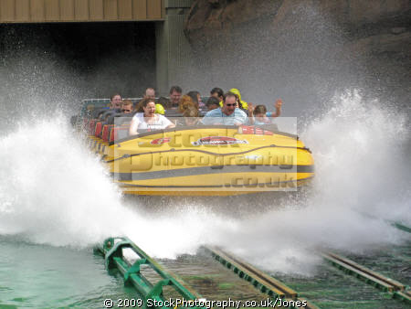 water chute end jurassic park ride universal studios hollywood. los angeles la california american yankee travel hollywood theme tinseltown cinematography production movies film californian usa united states america