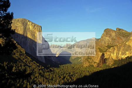 yosemite national park valley lit setting sun taken tunnel view wilderness natural history nature misc. california sierra nevadas mountains alpine np twilight sunset evening californian usa united states america american