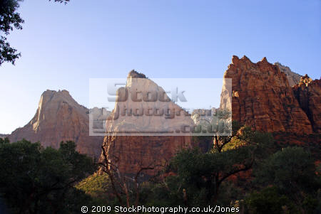 zion national park patriarchs. wilderness natural history nature misc. navajo sandstone geology cliffs exposure np scenic byway highway jurassic utah usa united states america american