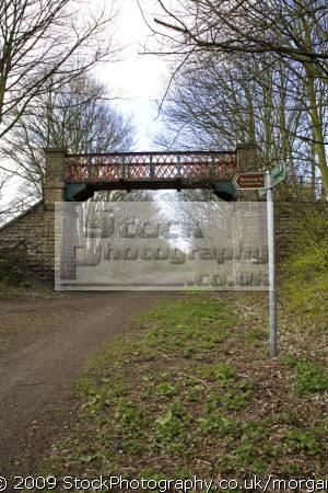 old railway bridge trans pennine tail worsborough barnsley south yorkshire environmental uk disused line trail regeneration england english angleterre inghilterra inglaterra great britain united kingdom british grande-bretagne grande bretagne grandebretagne großbritannien gran bretagna bretaña