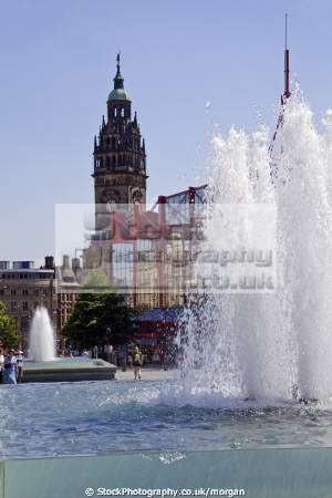 fountain barkers pool sheffield south yorkshire uk towns environmental water town hall pedestrian precinct england english angleterre inghilterra inglaterra united kingdom british