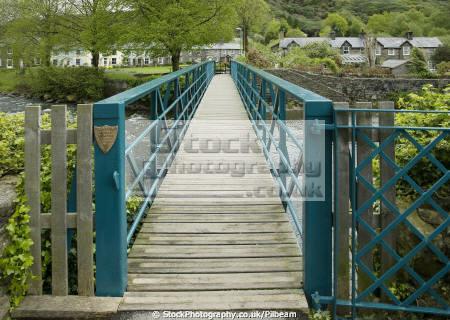 glaslyn bridge river colwyn beddgelert north wales uk bridges rivers waterways countryside rural environmental footbridge stream metal old welsh village gwynedd país gales united kingdom british
