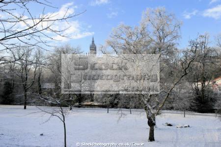 winter kelvingrove park. seasons seasonal environmental snow university glasgow central scotland scottish scotch scots escocia schottland united kingdom british