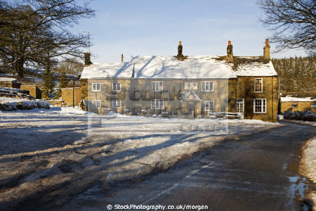 strines inn bradfield near sheffield south yorkshire public houses tavern bar alchohol british architecture architectural buildings pub country isolated winter snow england english angleterre inghilterra inglaterra united kingdom