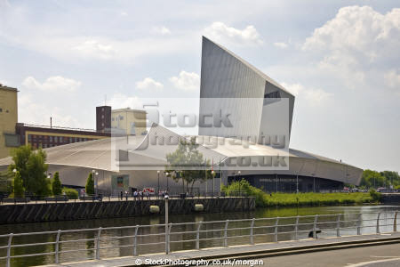 imperial war museum-north museum north museumnorth salford quays manchester lancashire uk museums british architecture architectural buildings modern ship canal building england english angleterre inghilterra inglaterra united kingdom