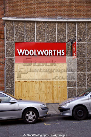 closed boarded woolworths cafe scarborough north yorkshire retailers brands branding uk business commerce chain bankrupt england english angleterre inghilterra inglaterra united kingdom british