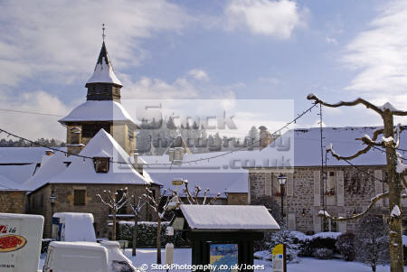 old village correze france french buildings european church eglise roof tops limousin snow snowy winter wintery christmas card picture post mediaeval medaeval corrèze la francia frankreich