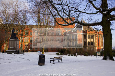 weston park sheffield south yorkshire uk parks gardens environmental elliott statue snow winter firth court england english angleterre inghilterra inglaterra united kingdom british