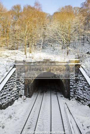 totley tunnel winter grindleford derbyshire railways railroads transport transportation railway tracks snow icicles peak district england english angleterre inghilterra inglaterra united kingdom british