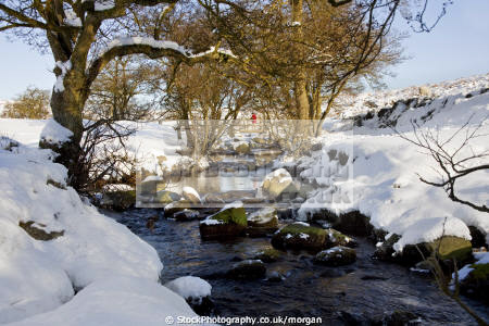 burbage brook grindleford derbyshire countryside rural environmental winter snow landscape peak district stream england english angleterre inghilterra inglaterra united kingdom british