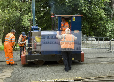 diesel shunter pig laxey isle man electric railway trains railways rail railroads transport transportation workmen narrow guage manx england english angleterre inghilterra inglaterra united kingdom british