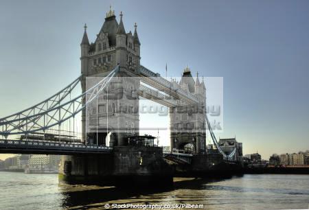 tower bridge river thames london early morning light bridges crossing capital england english tourist britain landmark visitor icon uk city cockney angleterre inghilterra inglaterra united kingdom british