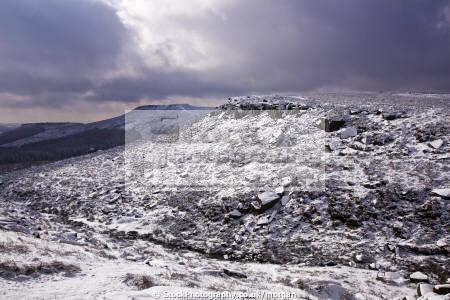 view upper burbage derbyshire countryside rural environmental snow winter landscape valley peak district england english angleterre inghilterra inglaterra united kingdom british