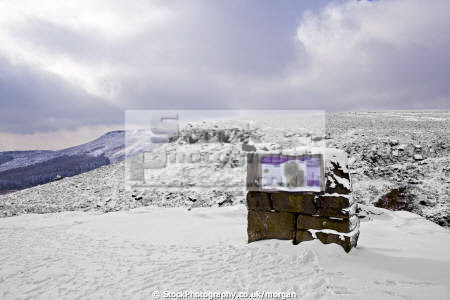 upper burbage derbyshire countryside rural environmental information peak district snow winter landscape england english angleterre inghilterra inglaterra united kingdom british