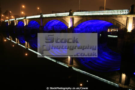 glasgow bridge river clyde uk bridges rivers waterways countryside rural environmental clydeside central scotland scottish scotch scots escocia schottland united kingdom british