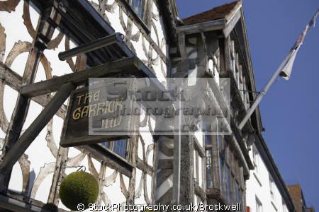 old wooden sign garrick inn. 14th century traditional tavern pub public house stratford. tourist attraction showing architecture buildings british architectural stratford historic building tourism stratford-on-avon stratford on avon stratfordonavon warwickshire england english angleterre inghilterra inglaterra united kingdom