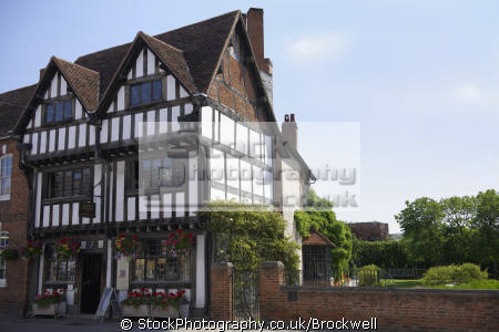 nash house new place stratford warwickshire. 16th century timber frame tudor style town building famous william shakespeare lived half timbered buildings historical uk history british architecture architectural tourist attraction historic tourism stratford-on-avon stratford on avon stratfordonavon warwickshire england english angleterre inghilterra inglaterra united kingdom