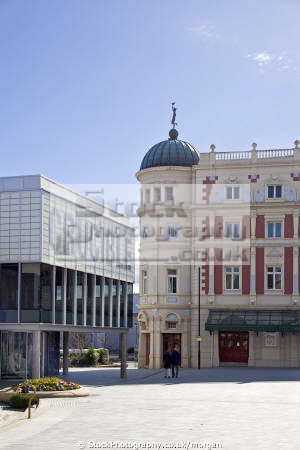crucible lyceum theatres sheffield south yorkshire theater drama arts plays opera revamped city centre venues england english angleterre inghilterra inglaterra united kingdom british