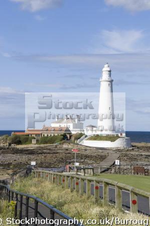lighthouse whitley bay northumbria uk coastline coastal environmental coast northumberland northumbrian england english angleterre inghilterra inglaterra united kingdom british