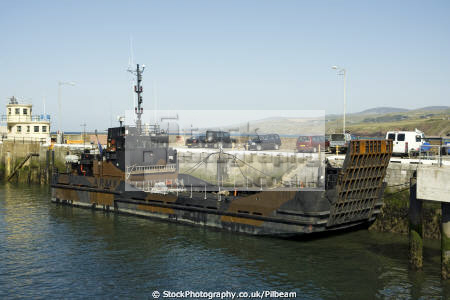 arezzo army landing craft peel harbour isle man british armies uk military militaries manx england english angleterre inghilterra inglaterra united kingdom