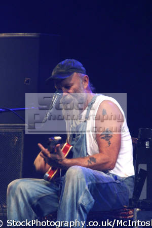 seasick steve... steven gene wold... musician songwriter. concert photo singer songwriters pop stars celebrities celebrity fame famous star blues festival perth kinross perthshire scotland scottish scotch scots escocia schottland united kingdom british