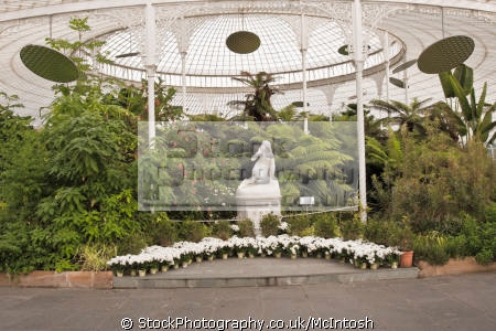 inside kibble palace main entrance leading central section plants statues. historical uk buildings history british architecture architectural greenhouse glasshouse glasgow scotland scottish scotch scots escocia schottland united kingdom