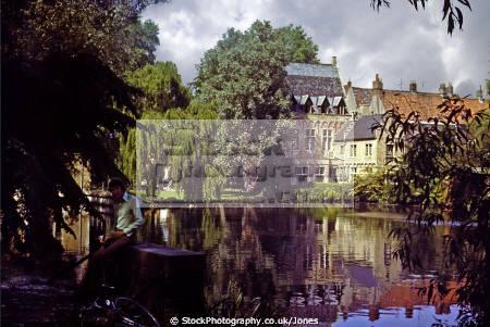 bruges belgium quiet corner minnewater park belgian european brugge belgique tranquil shady reflections canal water lake kanal west-vlaanderen west vlaanderen westvlaanderen mediaeval medieval belgië belgien