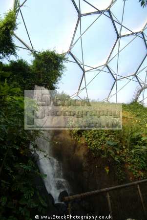 eden project waterfall rainforest biome tourist attractions england english botanical garden attraction architectural geodesic dome cornish cornwall angleterre inghilterra inglaterra united kingdom british