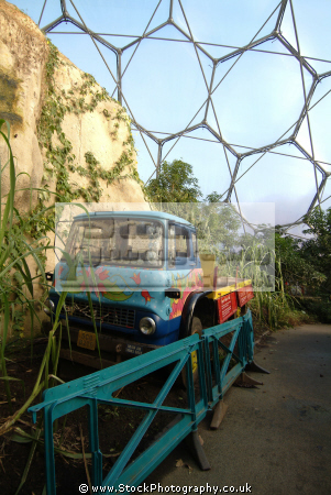 eden project truck rainforest biome tourist attractions england english botanical garden attraction architectural geodesic dome cornish cornwall angleterre inghilterra inglaterra united kingdom british