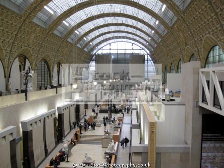 paris art gallery mus orsay french buildings european france parisienne rembrant van gogh cezanne monet surat impressionism impressionist la francia frankreich