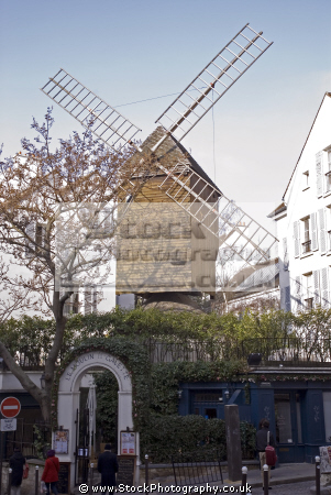 paris le moulin la galette montmartre french buildings european windmill restaurant france parisienne francia frankreich