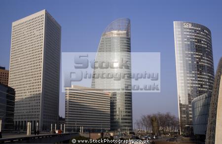 la defense paris place winter afternoon french buildings european france parisienne commercial concourse business district francia frankreich