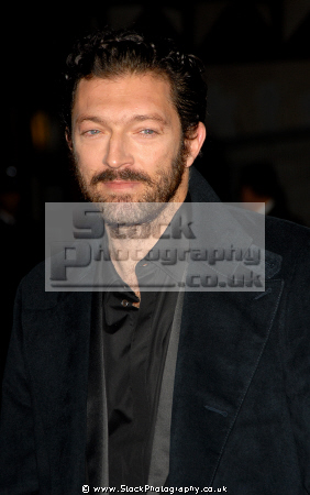 vincent cassel french actor actors acting thespian male celebrities celebrity fame famous star white caucasian portraits
